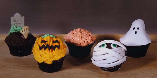 halloween-cupcakes-itsabakingthing